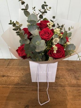 Luxury 6 Red Rose handtie